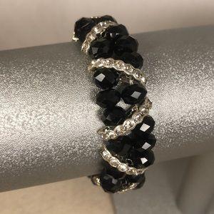 Jewelry - Stretchy black bead bracelet